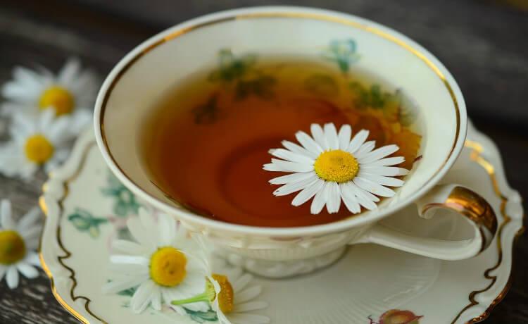 chá de maçã e camomila