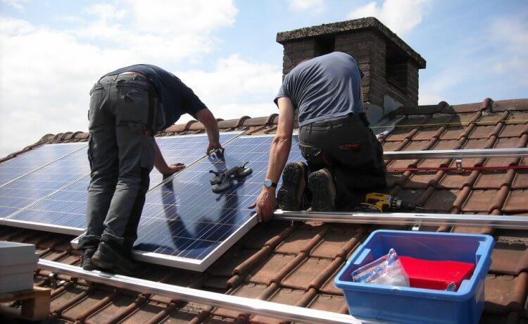 Instalando energia solar em casa