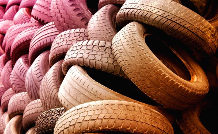 pneus inservíveis
